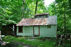 La cabane à sucre de M. Gosselin. Photo Bernard Genest.