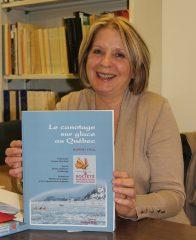Suzanne Marchand présente son rapport Le canotage sur glace au Québec. Photo : Jean-François Blanchette