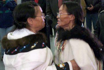 351342-chants-gorge-inuits-bon-exemple